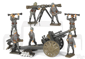 Lineol painted tin and composition Luftwaffe field gun soldiers