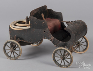 Tin wind-up horseless carriage
