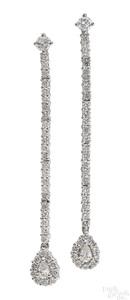 Pair of 18K white gold diamond dangle earrings