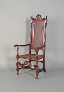 George I beech armchair, ca. 1735.