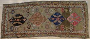 Serab style carpet, ca. 1920, 10' x 4'.