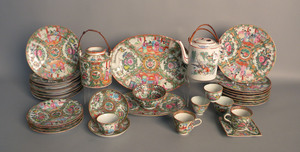 Group of rose medallion porcelain, 20th c.