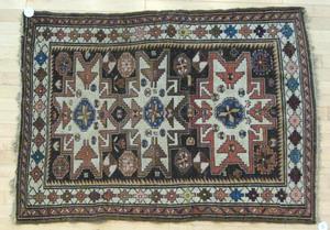 Lesghi star carpet, 4' 9