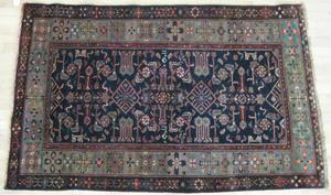 Contemporary oriental carpet, 6' 5