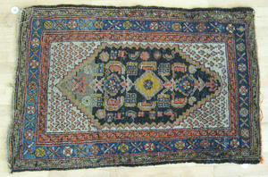 Three oriental carpets, ca. 1930, 7' 10