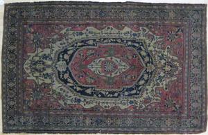 Feraghan Sarouk carpet, ca. 1910, 75