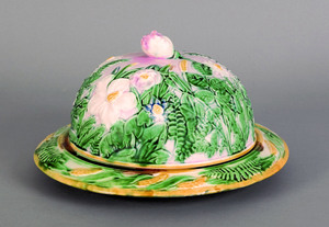 Etruscan majolica cheese keeper, late 19th c., in