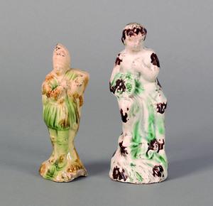 Two Prattware figures, ca. 1800, 4