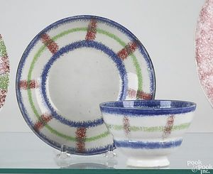 Red, blue and green rainbow spatter plaid cup anda