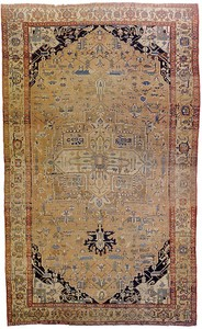 Serapi room-size rug, ca. 1910, with a large centr