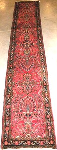 Sarouk runner, ca. 1950, with overall floral desig
