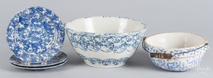 Five pieces of blue and white spongeware
