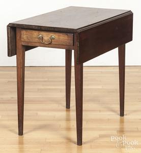 Pennsylvania mahogany Pembroke table