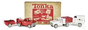 Tonka pressed steel no. 2120 Farm Set