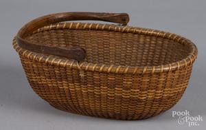 Nantucket oval lightship basket
