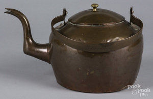 Large dovetailed copper kettle