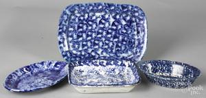 Four pieces of blue spongeware porcelain