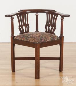 Chippendale walnut corner chair