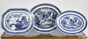 Three Chinese export porcelain Nanking platters