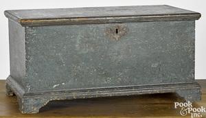Pennsylvania child's painted blanket chest
