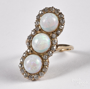 14K yellow gold diamond and opal ring, 3.5 dwt.