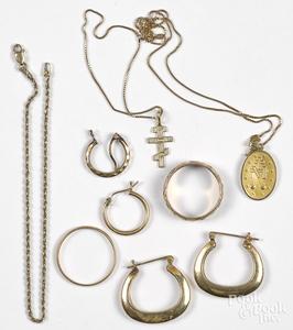 14K gold jewelry, 9.8 dwt.
