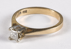 14K gold diamond solitaire ring, 1.5 dwt.