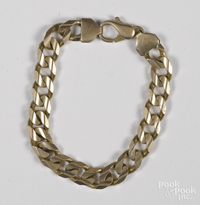 14K yellow gold bracelet, 35.2 dwt.