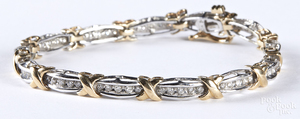 10K gold and diamond bracelet, 6.7 dwt.