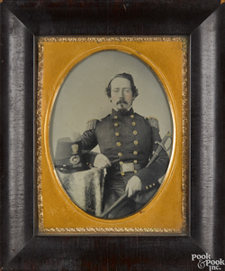 Civil War ambrotype of an officer
