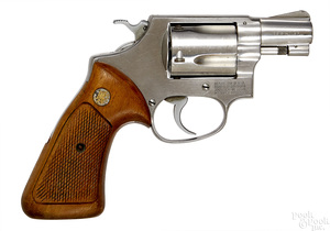 Smith & Wesson model 60 stainless steel revolver