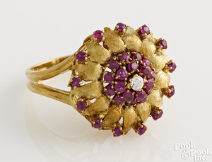 18K yellow gold diamond and ruby flower ring