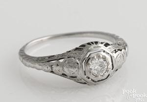 18K white gold Edwardian style diamond ring