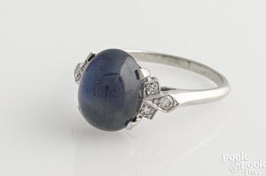 14K white gold sapphire cabochon ring