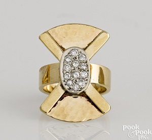 14K yellow gold hammered fan ring