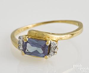 14K yellow gold alexandrite ring