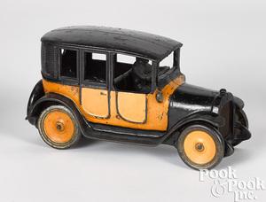Arcade cast iron yellow cab
