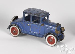 Hubley cast iron coupe