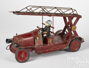 Pinard Delahaye painted tin clockwork ladder truck