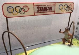 Doll & Cie Olympic Stadium relay race steam toy