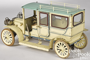 Large Carette tinplate clockwork limousine