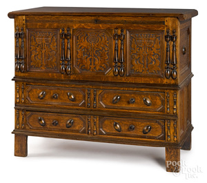 Connecticut Pilgrim Century oak sunflower chest