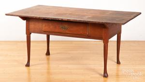 Pennsylvania pine and walnut tavern table