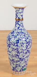 Large Chinese porcelain vase, etc.