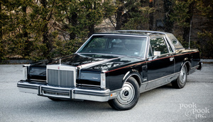 1981 Lincoln Continental Mark VI coupe