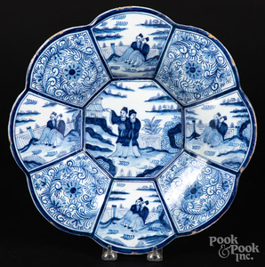 Delft blue and white lobed dish