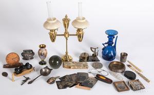 Miscellaneous decorative accessories