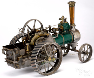 Live steam traction engine model