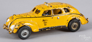 Arcade cast iron Yellow Cab Co. taxi