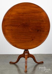 Pennsylvania Queen Anne walnut tea table